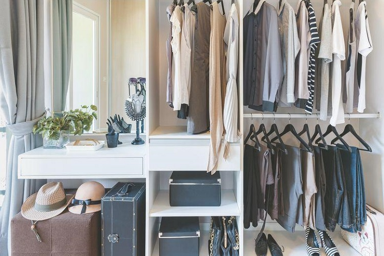 Important Wardrobes Essentials That Are A Must-have